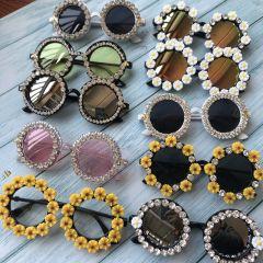 Gorgeous Women Sunglasses Crystal Diamond Handmade Round Eyewear UV400 Mirror Lens Flower Design Summer Sun Glasses